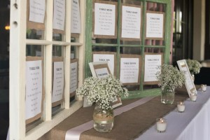 Reception Table Cute Idea
